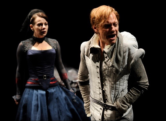 Richard III. Angela Ingersoll, Wallace Acton. Chicago Shakespeare Theater.