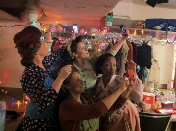 The Merry Wives of Windsor. Backstage. Kelli Fox, Amy Montgomery,Angela Ingersoll, Tiffany Yvonne Cox, Kelli Fox. Chicago Shakespeare Theater.