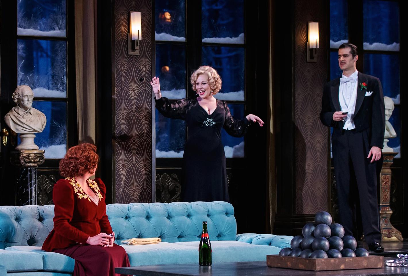 The Game's Afoot. Kathy Logelin, Angela Ingersoll, Rod Thomas. Drury Lane Theatre.