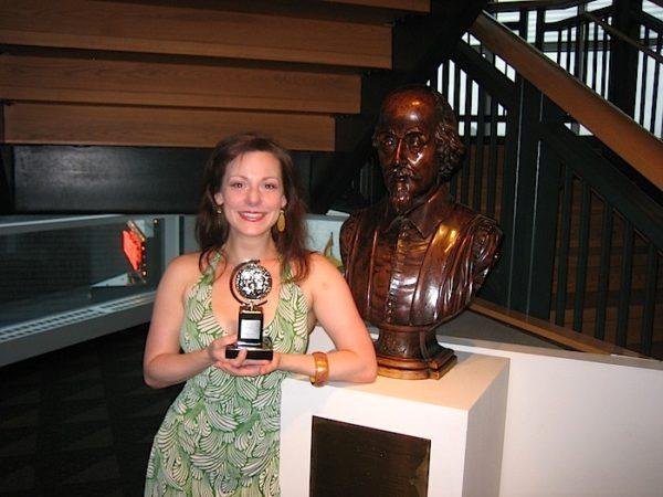 Chicago Shakespeare Theater wins Tony Award. Angela Ingersoll, William Shakespeare.