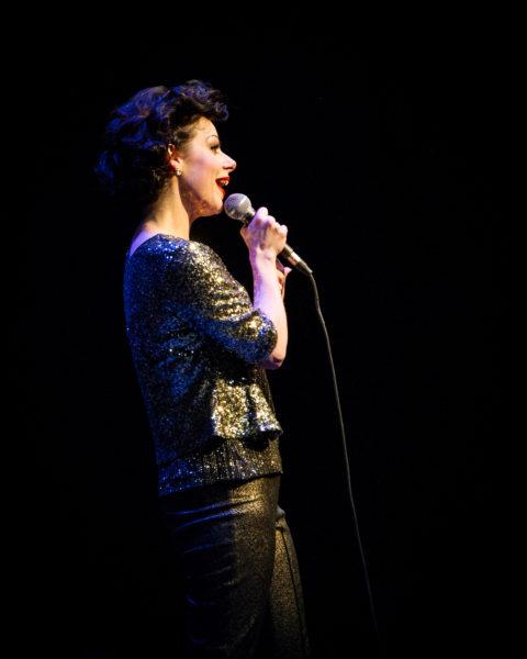 Angela-Ingersoll-sings-Judy-Garland-14s