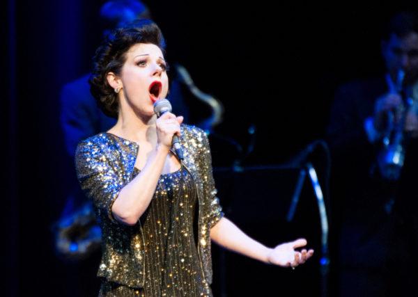 Angela-Ingersoll-sings-Judy-Garland-16s