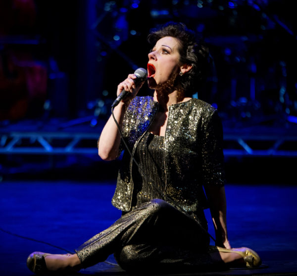 Angela-Ingersoll-sings-Judy-Garland-8s